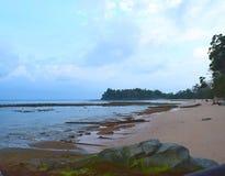 Ein angenehmer Morgen am ruhigen Strand mit Serene Sea Water, Sitapur, Neil Island, Andaman Nicobar - Naturlandschaft stockbilder