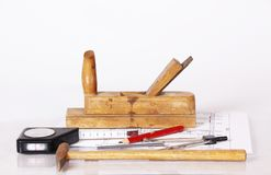 Ein architectur oder contruction Arbeitskräfte bearbeitet bereites zu zur Aktion Stockfoto