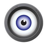 Ein Auge innerhalb des Kameraobjektivs Stockfoto