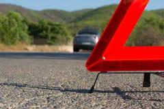 Ein Auto mit einem Zusammenbruch stockbild