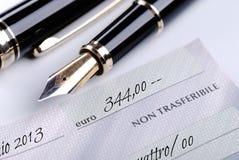 Ein Bankscheck Lizenzfreie Stockbilder