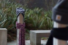 Ein Beitrag kleidete richtig für den Winter in Seattle, Washington 33 an Stockfoto