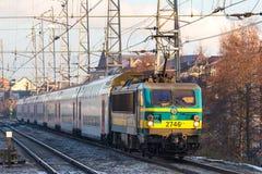 Ein belgischer Zug in Br?ssel Belgien stockbild
