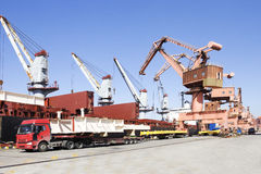 Ein besetzter Hafen Lizenzfreies Stockbild