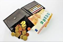 Ein Bild eines Geldbeutels mit Geld Stockfotos