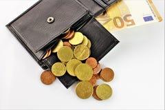 Ein Bild eines Geldbeutels mit Geld Lizenzfreie Stockfotografie