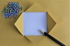 Ein Bild eines Geschäftskonzeptes mit Text - heftiges Papier - kopieren Sie Raum stockbilder