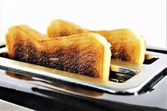 Ein Bild eines Toasts und des Toasters lizenzfreie stockbilder