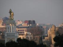 Ein Blick über den Dachspitzen von Baku, Aserbaidschan Lizenzfreie Stockfotografie