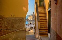 Ein Blick von Camogli von einer ungewöhnlichen Ansicht, Genoa Genova Province, Ligurien, Mittelmeerküste, Italien lizenzfreies stockbild