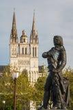 Ein Blick zur Kathedrale von Angers stockfoto