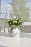 Ein Blumenstrauß der hölzernen Anemonen Lizenzfreies Stockbild