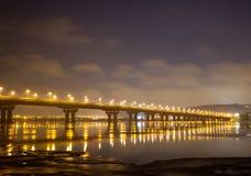Ein Brückennachtscape Lizenzfreies Stockbild