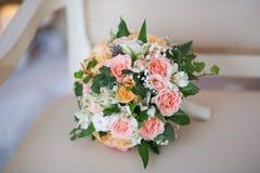 Ein Brautblumenstrauß von Rosen Lizenzfreie Stockfotografie