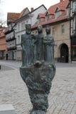 Ein Brunnen in Deutschland stockbilder