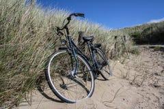 Ein bycycle in den Niederlanden stockbilder