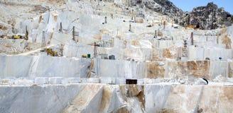 Ein Carrara-Marmorsteinbruch Lizenzfreies Stockfoto