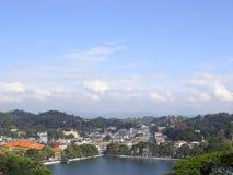 Ein dekorativer See in Kandy Stockfotos