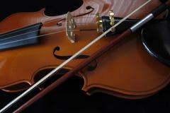 Ein Detail eines Violinenmusikinstrumentes Lizenzfreie Stockfotos