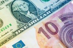 Ein Dollar zehn Euro Stockfotos