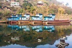Ein Dorf-Pier von Chishui-Fluss Lizenzfreies Stockfoto