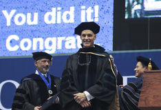 Ein Ehrendoktorgrad geschenkt an NAU Lizenzfreie Stockfotos