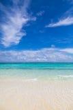 Ein einsamer Strand Stockfoto