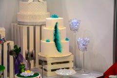 Ein enormer Kuchen Lizenzfreie Stockfotografie