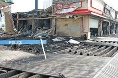 Ein Feuer zerstörte fünf Speicher Lizenzfreies Stockfoto