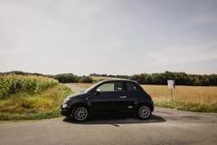 Ein Fiat 500 im Süden von Frankreich Stockfoto