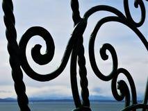 Ein flüchtiger Blick bei Puget Sound durch Skulptur Lizenzfreie Stockbilder