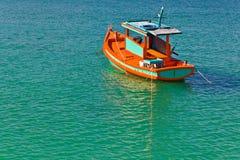 Ein Floting Boot Stockfotografie