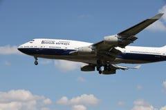 Ein Flugzeug von British Airways lizenzfreie stockfotos
