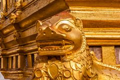 Ein Fragment des ?u?eren der Shwezigon-Pagode oder des Shwezigon Paya, Nyaung-U, Myanmar stockfotos