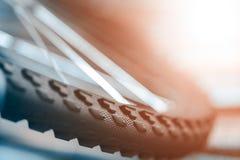Ein Fragment einer Fahrradfelge stockfotografie