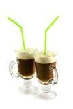 ein frischer Tasse Kaffee lizenzfreie stockfotografie