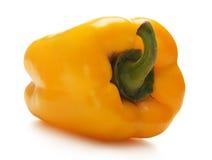 Ein frischer und geschmackvoller gelber Paprika auf Weiß lizenzfreie stockfotos