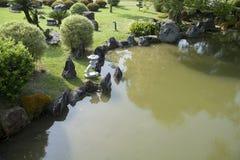Ein Garten der japanischen Art Stockfoto