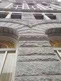 Ein Gebäude oben schauen Stockbilder