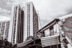 Ein Gebäude und ein Altbau Stockbild