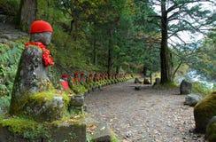 Ein geheimer mystischer Platz im forst nahe Nikko-Schongebiet in Japan Lizenzfreie Stockfotos