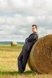 Ein Geschäftsmann in einer Klage Lizenzfreies Stockfoto