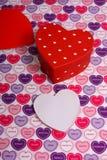 Ein Geschenk der Liebe für Valentinsgrußtag Stockfotografie