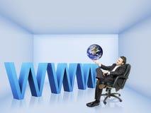 Ein Geschäftsmann und ein WWW Stockbild