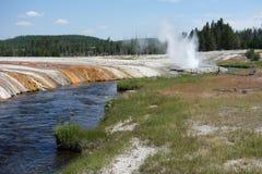 Ein Geysir bei Mammoth Hot Springs, Yellowstone Lizenzfreie Stockbilder