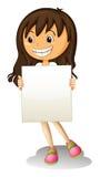 Ein glückliches Mädchen, das einen leeren Signage hält Lizenzfreie Stockfotos