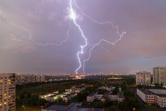 Ein großer Blitz Stockbilder
