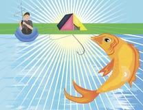 Ein großer goldener Fisch, der aus dem Fluss heraus springt Lizenzfreies Stockfoto