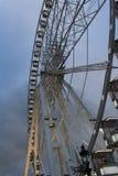 Ein großes Riesenrad auf dem Place de la Concorde in Paris, Frankreich am 11. Januar 2014 Lizenzfreies Stockfoto