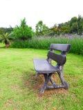Ein hölzerner Sitz Stockfotografie